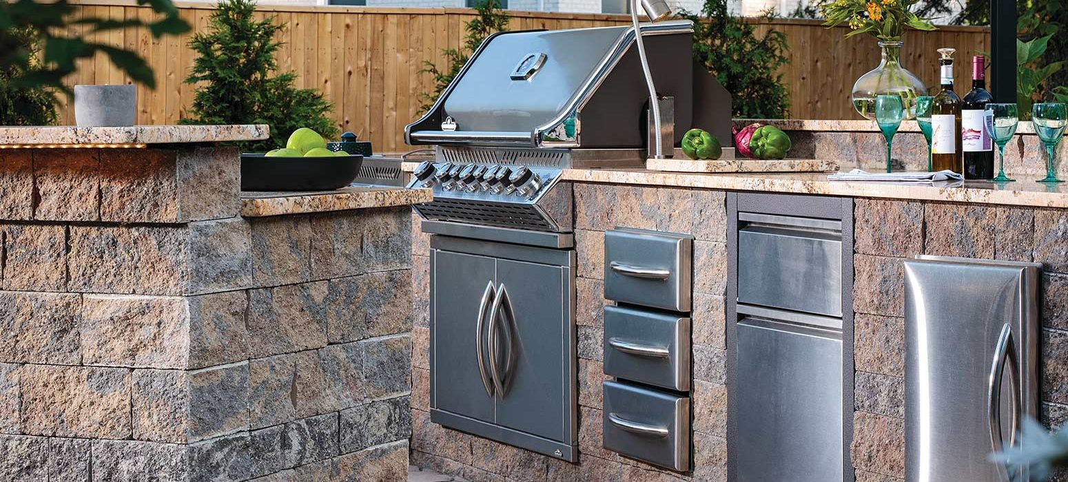 Outdoor kitchen and patio